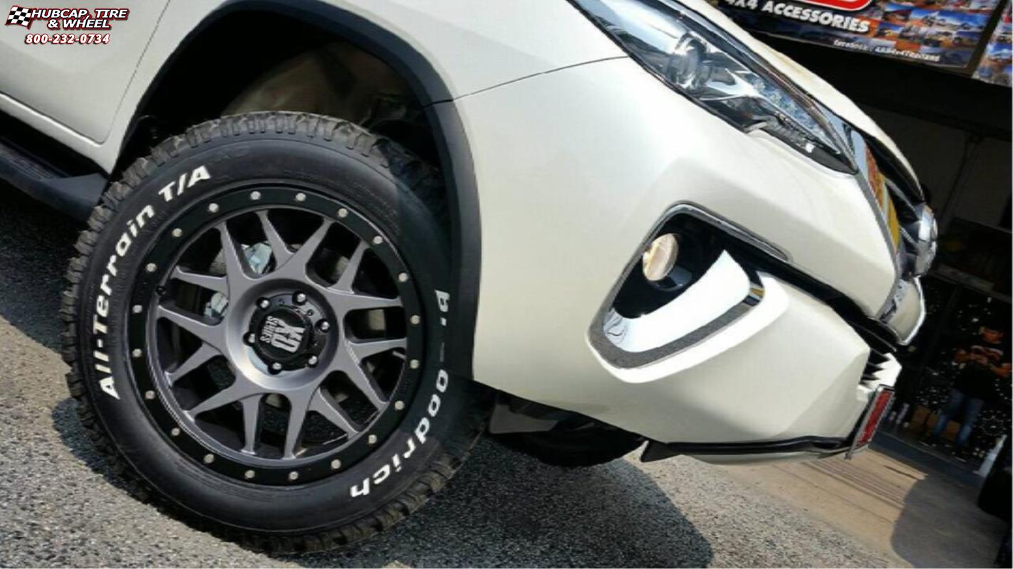 Toyota Fortuner Xd Series Xd127 Bully Wheels Matte Gray And Black Ring