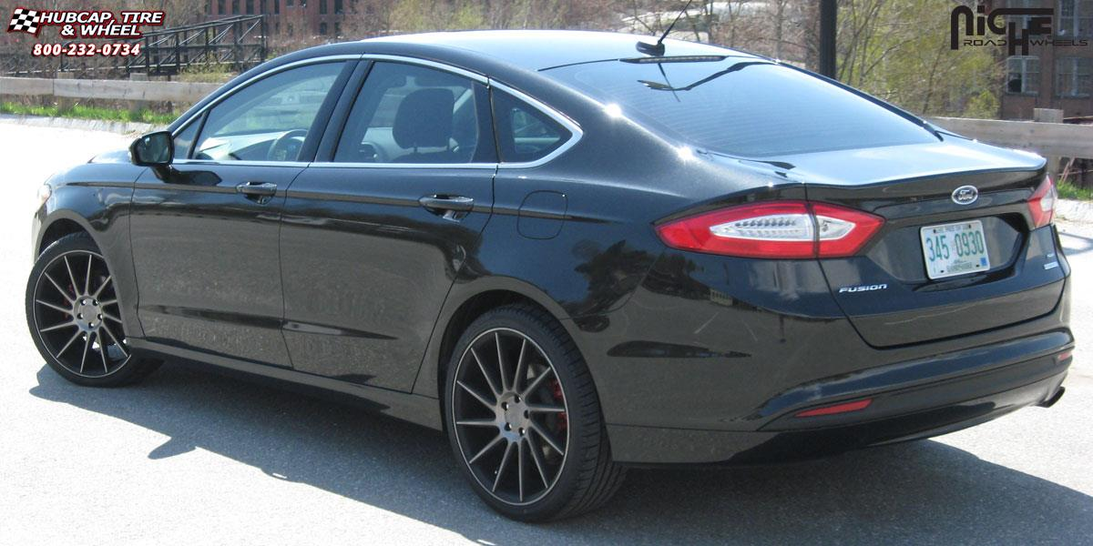 Pictures Of Ford Fusion Tire Size