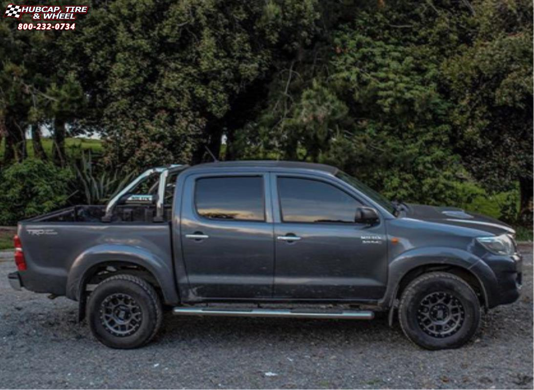 Toyota Hilux Xd Series Xd127 Bully X Matte Gray And Black Ring Wheels Rims